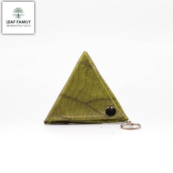 Veganer/Nachhaltiger Dreiecks-Geldbeutel mit Schlüsselanhänger aus Teakblättern