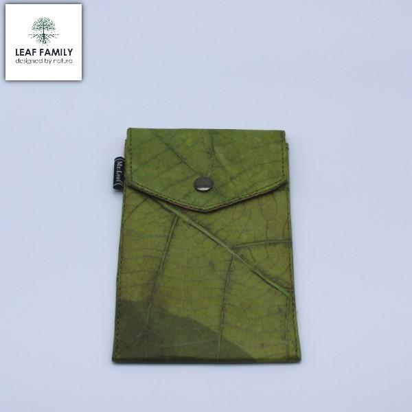 Vegane und nachhaltige Handyhülle und Brillenhülle - Tasche für Mobiltelefone aus Teakblatt groß