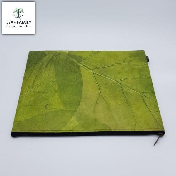 Vegane und nachhaltige Laptop & Notebook Tasche aus Teakblatt